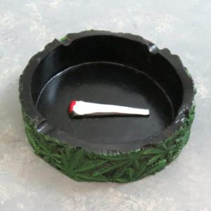 """4.25"""" Round Joint & Leaves Ashtray"""
